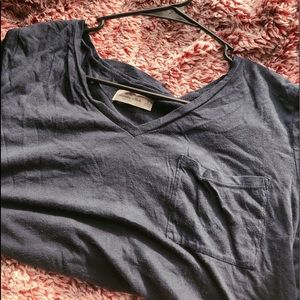 Abercrombie & Fitch plain navy blue high low tee❣️